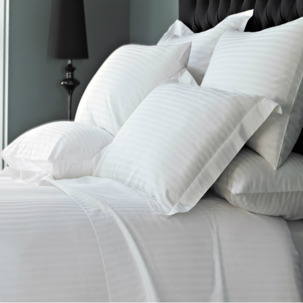 white bed sheets for hotels